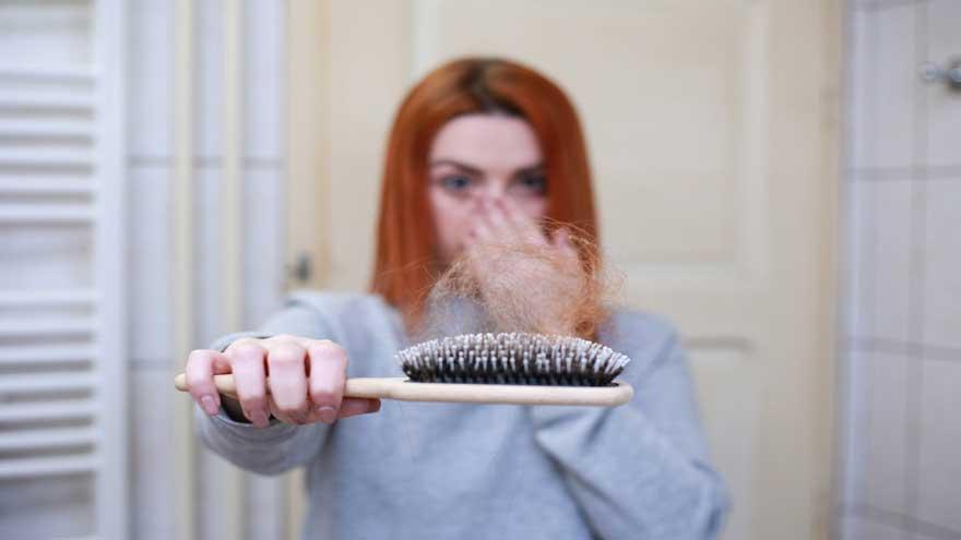 Saç Dökülmessac-dokulmesi-nasil-onlenir-ne-iyi-geliri Nasıl Önlenir? Ne İyi Gelir?